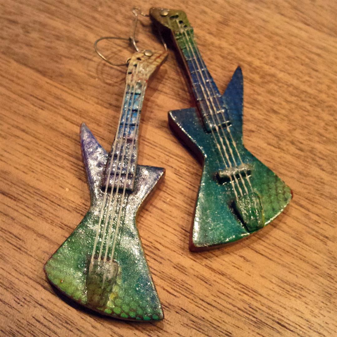 earring-gitaartjes